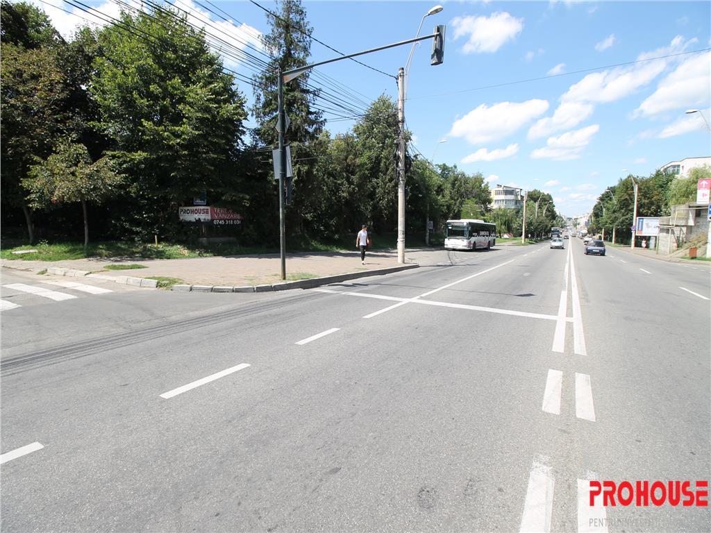 Teren Republicii  zona Aerostar  stradal  E85