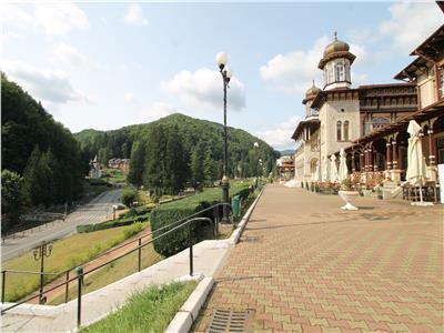 Slanic Moldova - teren ultracentral - langa Cazino