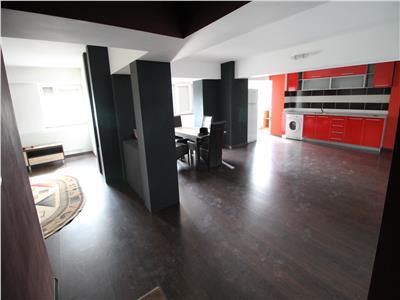 Ultracentral - chirie apartament  3 camere - mobilat si utilat