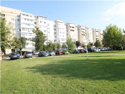 Bloc Patrascanu - apartament 3 camere decomandate