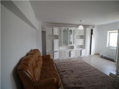 9 Mai-Apartament 4 camere decomandat-100mp