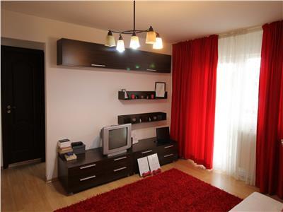 Apartament 2 camere semi-decomandat - de inchiriat